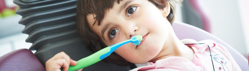 Tiefenreine Kinderzähne